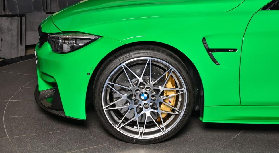 В Дубае продают новый BMW M4 по прозвищу «лягушонок»