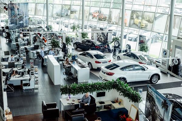 Дилерский центр для настоящих автолюбителей