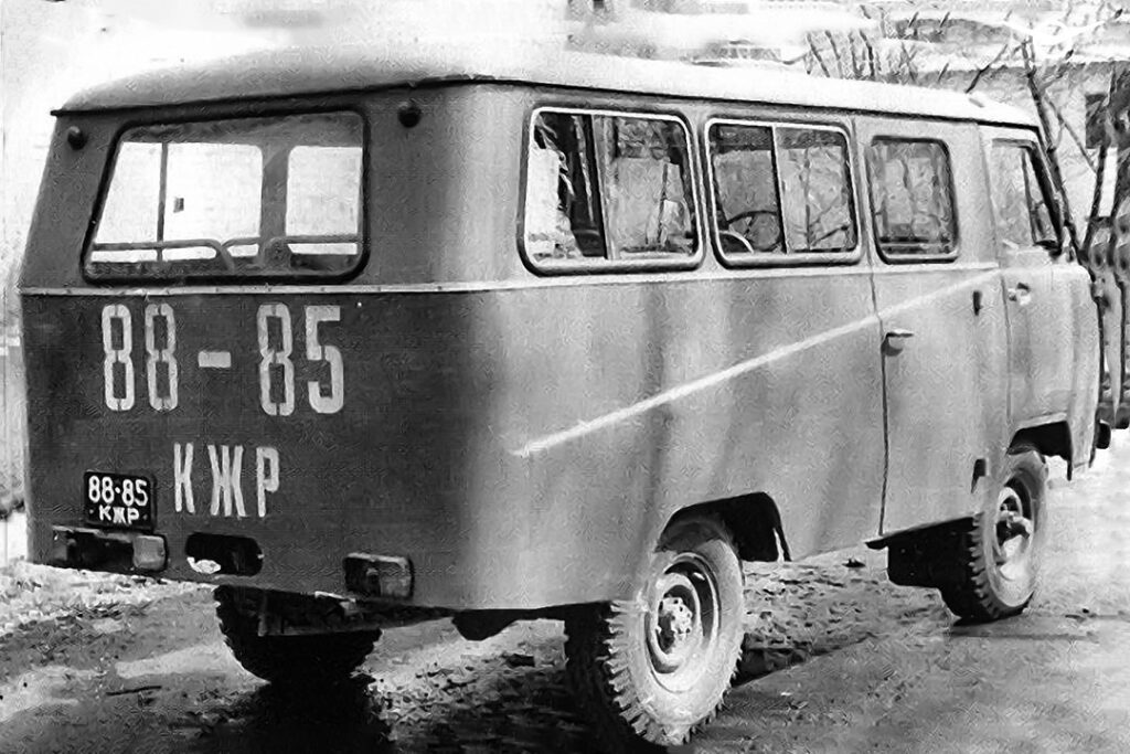 УАЗ вспомнил об уникальном автоклубе на базе УАЗ «Буханки»