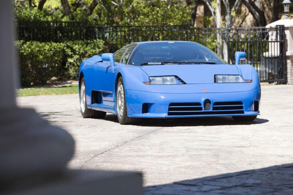 Bugatti представит преемника модели EB110 SS