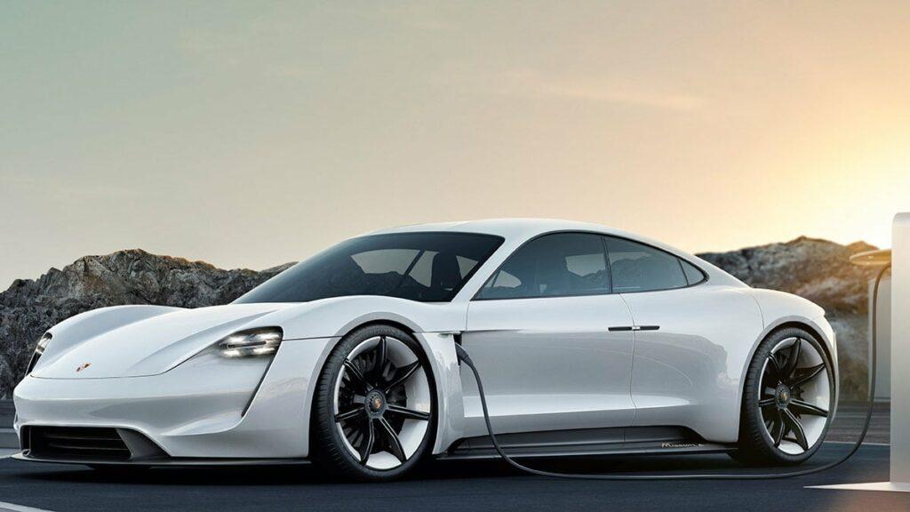 Porsche на батарейках получит динамику спорткаров