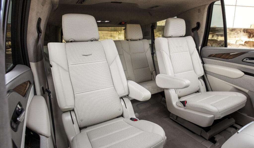 В РФ начинаются продажи внедорожника Cadillac Escalade нового поколения