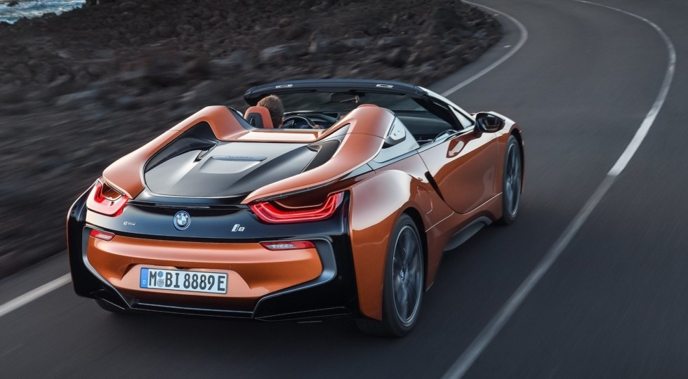 Новый родстер BMW i8 выйдет на рынок в марте по цене от $164 295