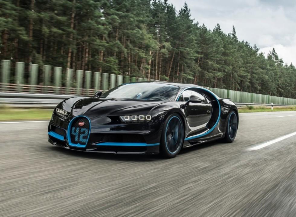 Первый покупатель из РФ получил гиперкар Bugatti Chiron за €3,5 млн