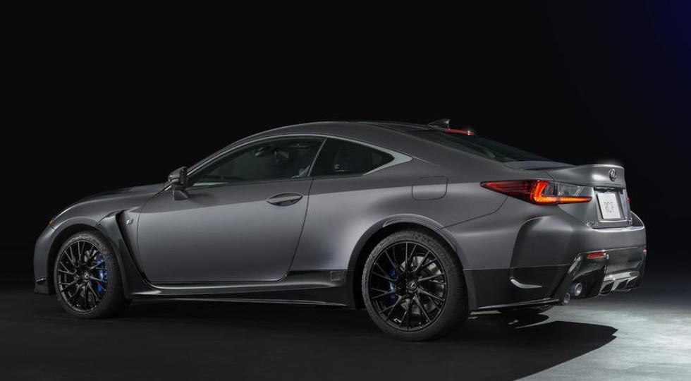 Lexus представила юбилейную версию купе RC F 10th Anniversary