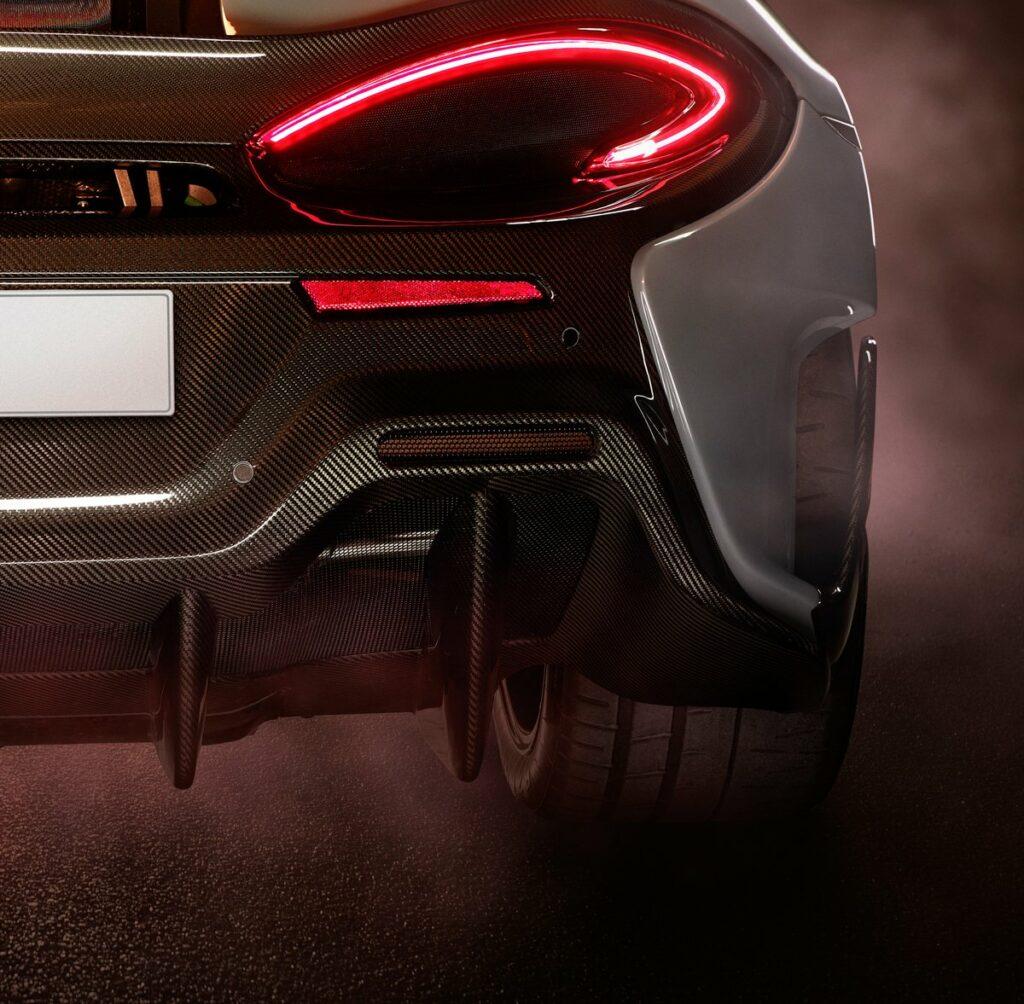 McLaren тизером анонсировала экстремальную версию суперкара 570S