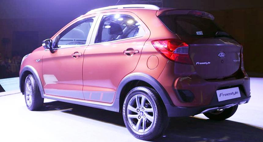 Новый бюджетный кроссовер Ford Freestyle представила Ford