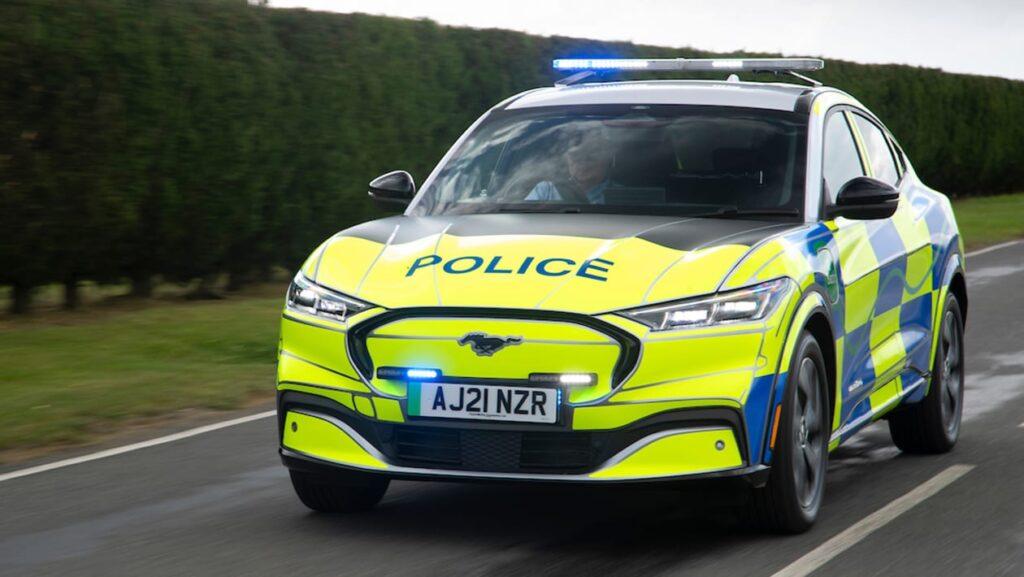 Представлен концепт нового полицейского автомобиля Ford Mustang Mach-E