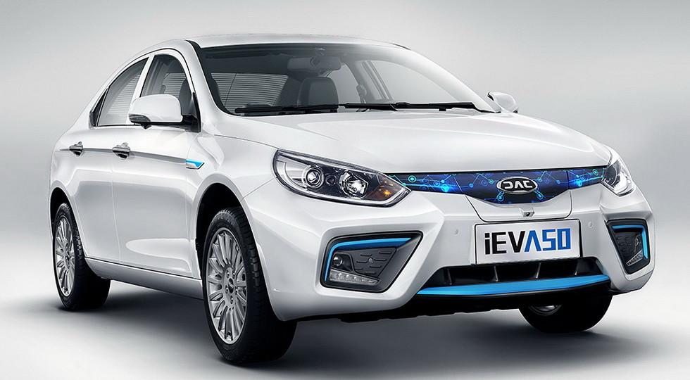 JAC iEV A50: новый китайский электрокар сзапасом хода до500км