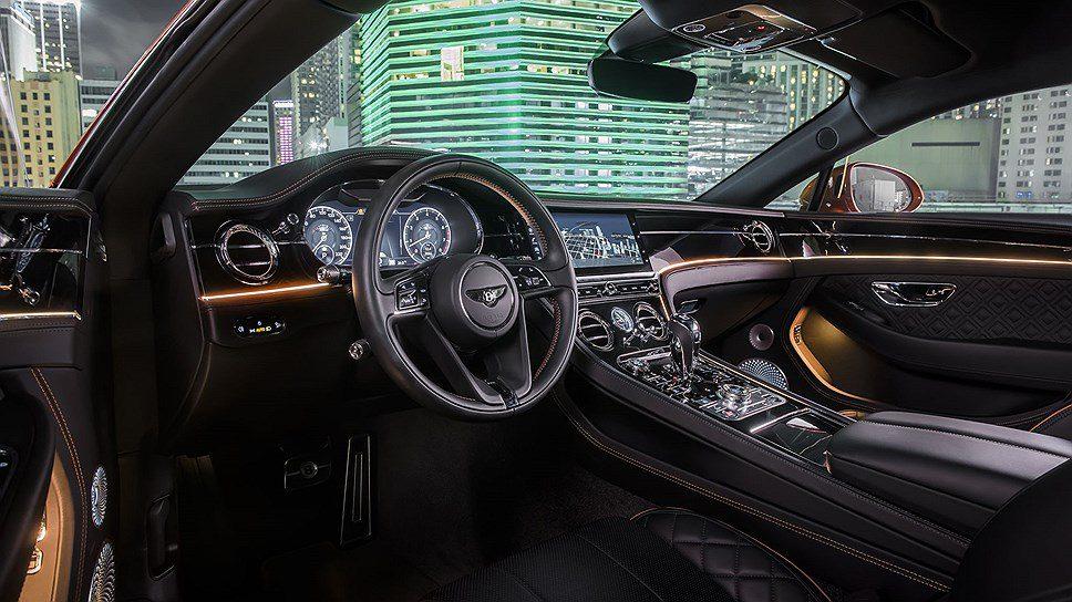 Купе и кабриолет Bentley Continental GT получили двигатель V8