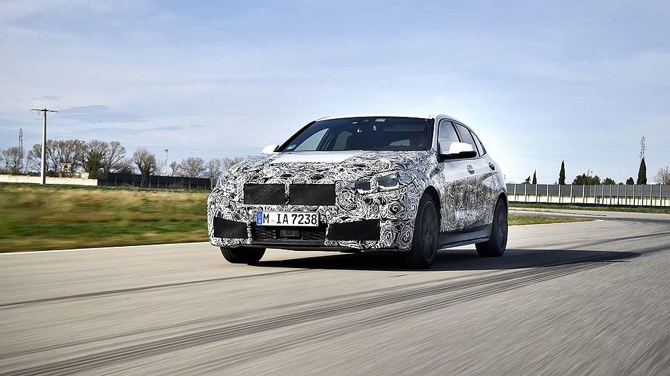 Новый хэтчбек BMW 1-Series получит 302-сильный двигатель