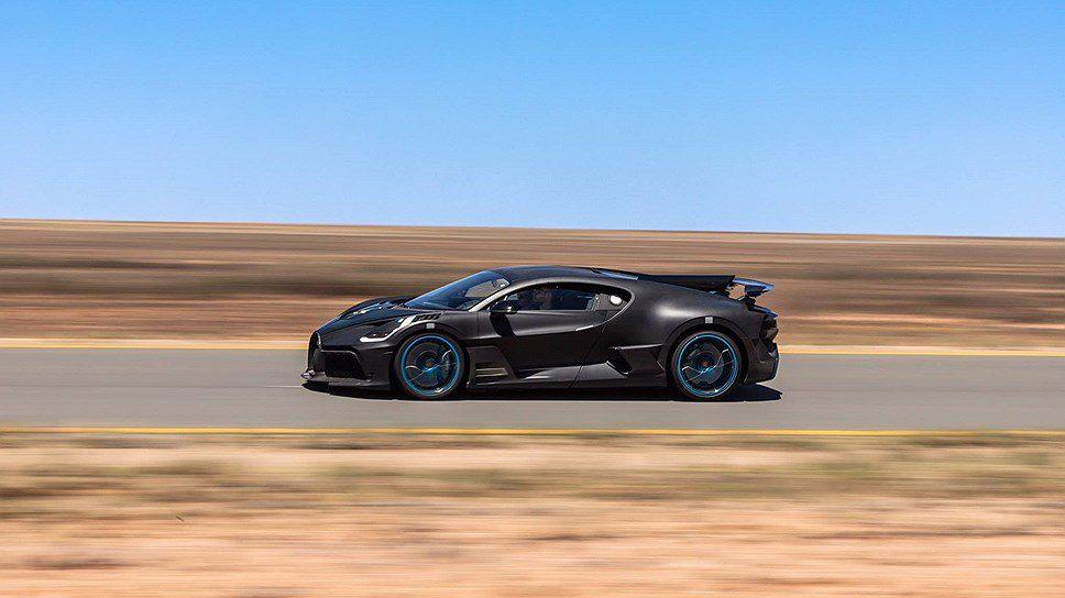Гиперкару Bugatti Divo провели экстремальные испытания в пустыне