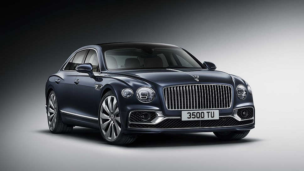 Новый Bentley Flying Spur оценили в России от 15,2 млн рублей