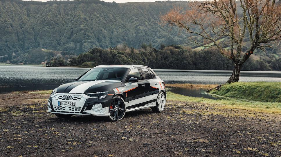 Компания Audi впервые показала новый S3 Sportback