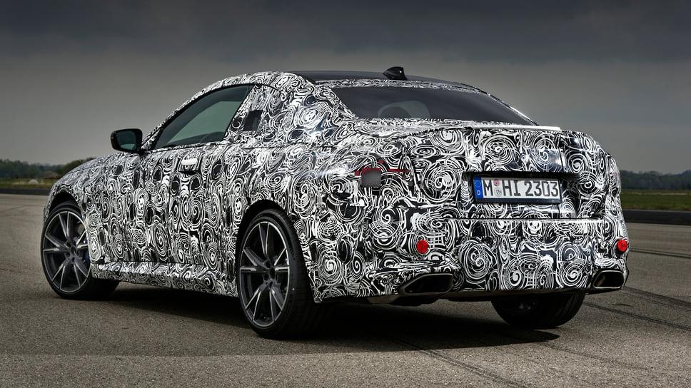 BMW опубликовала фото прототипа нового купе BMW 2-Series 2021 года