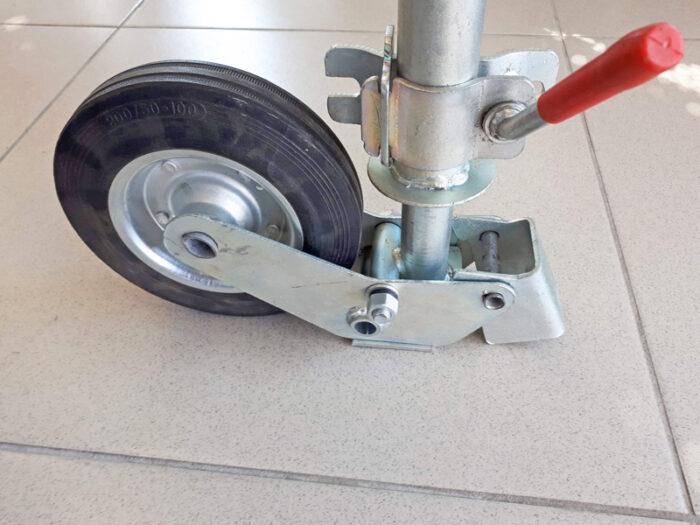 Опорное колесо для прицепа - выбор и особенности