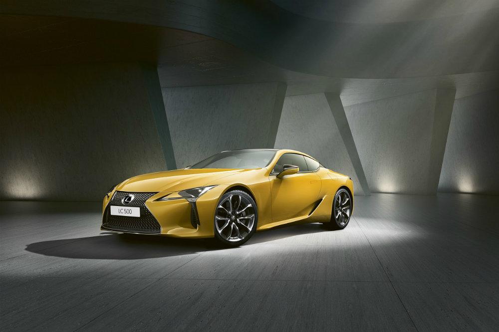 Lexus привез в Россию спецверсию купе Lexus LC Yellow Edition