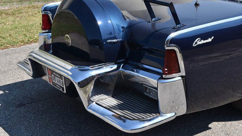 Копия лимузина Кеннеди выставлена на продажу на eBay