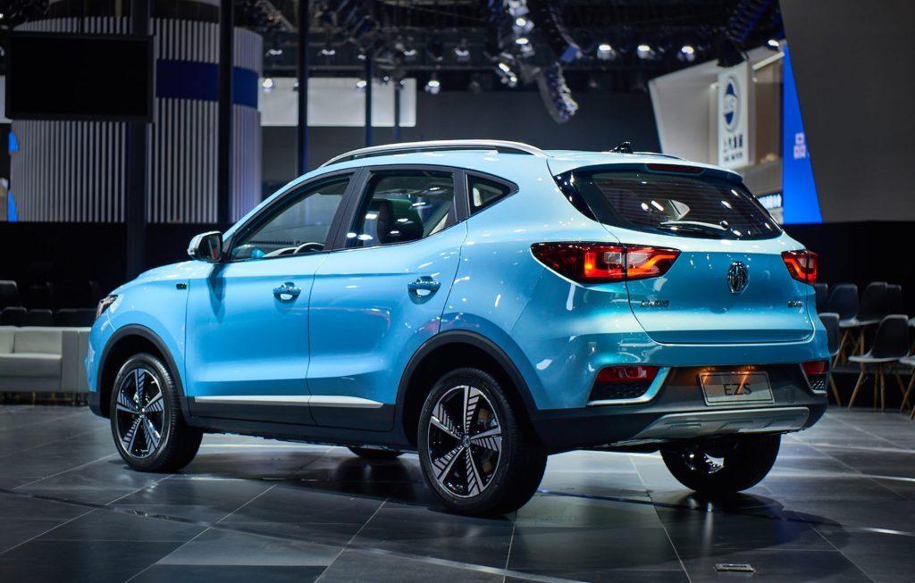 В Китае стартовали продажи нового электромобиля MG EZS