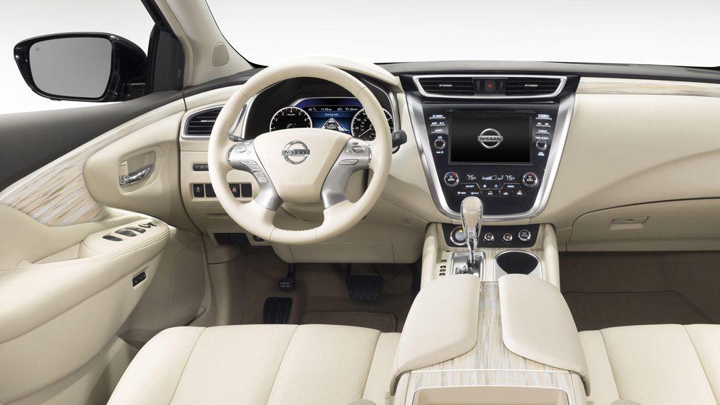 Nissan снизил стоимость кроссовера Murano в России