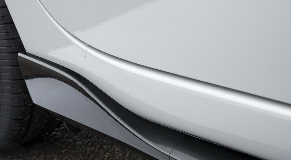 Хэтчбек Mazda 2 получил лимитированную версию Mazda 2 Sport Black