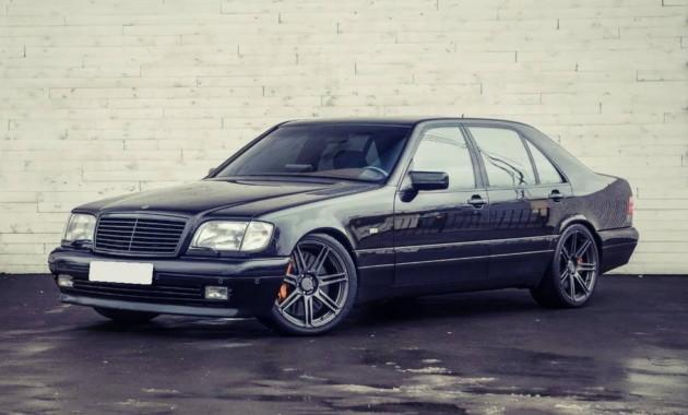 Benz S-Class 1997г.в. продается в столице за11500000 руб.