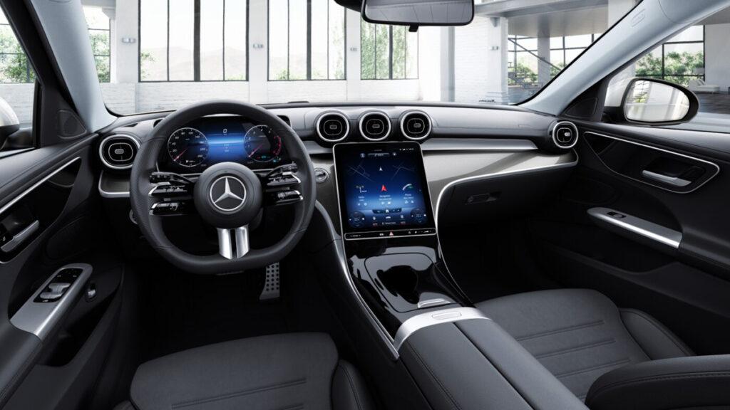Седан Mercedes-Benz C-Class нового поколения оценили в РФ от 3,59 млн рублей
