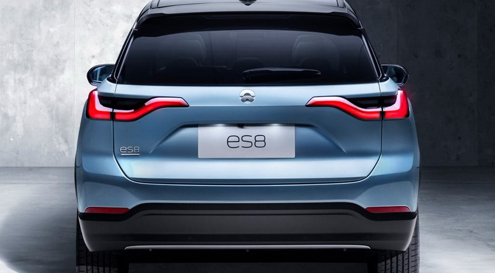 Стартовали «живые» продажи конкурента Tesla Model X в лице Nio ES8