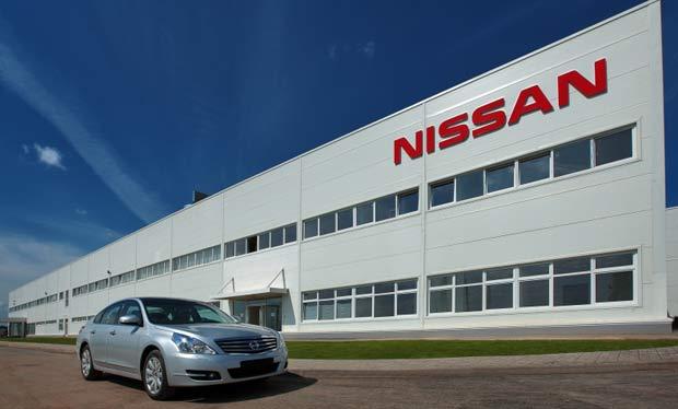 Завод Nissan в Санкт-Петербурге начал работу в две смены