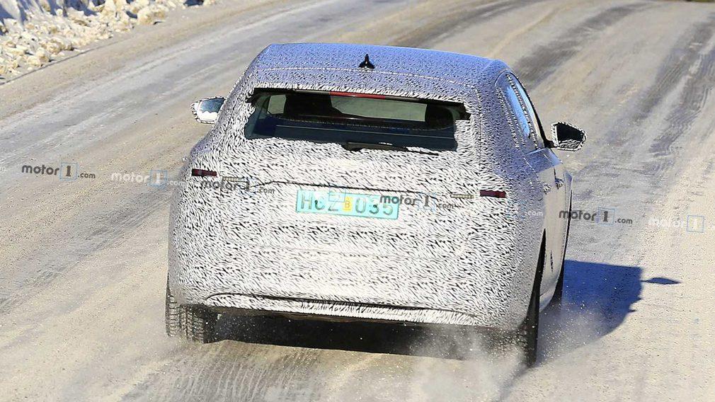 Новый универсал Skoda Octavia заметили во время тестов