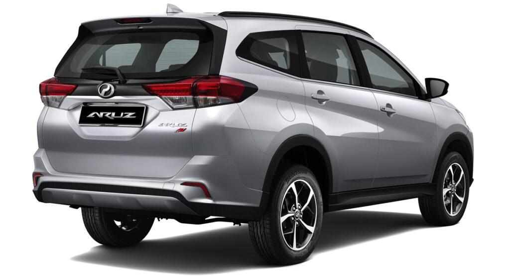 Удешевленный кросс-вэн Toyota Rush поступил к дилерам
