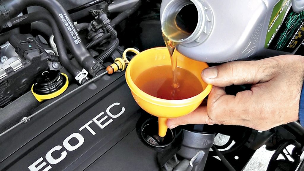 Основные причины менять масло в автомобиле