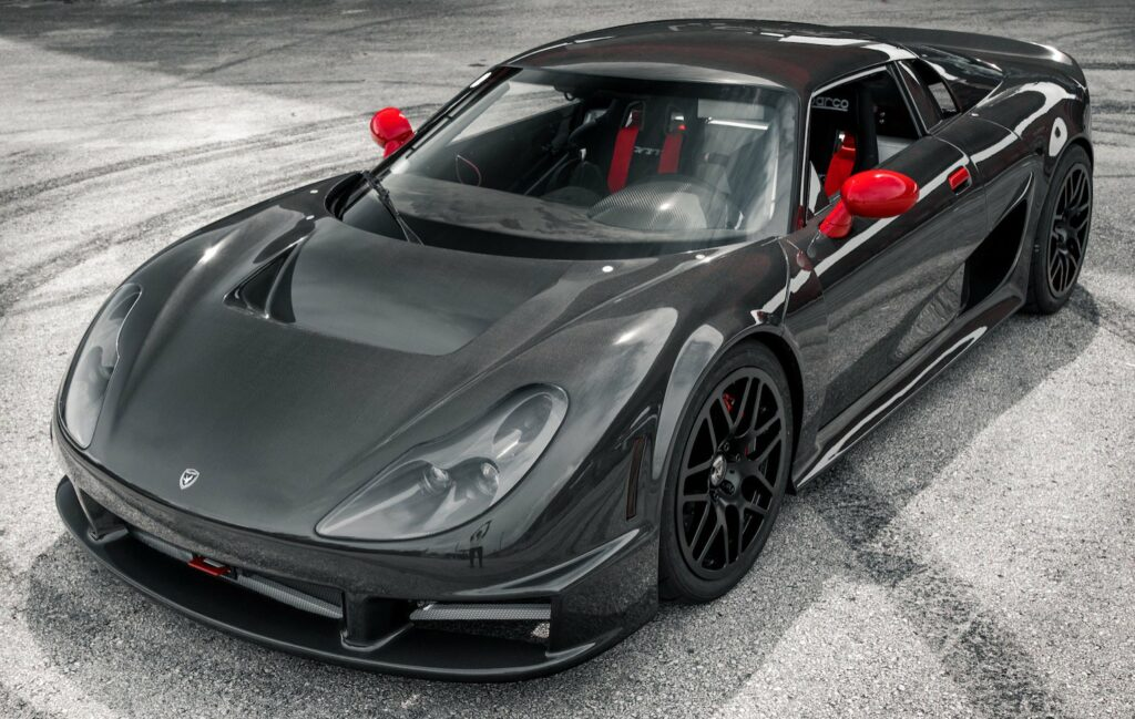 Очень редкий спорткар Rossion Q1R появился в продаже за 1 млн рублей