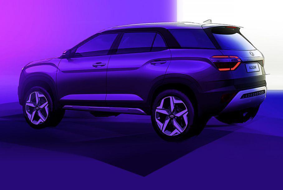Hyundai опубликовал первые изображения трехрядной версии кроссовера Creta