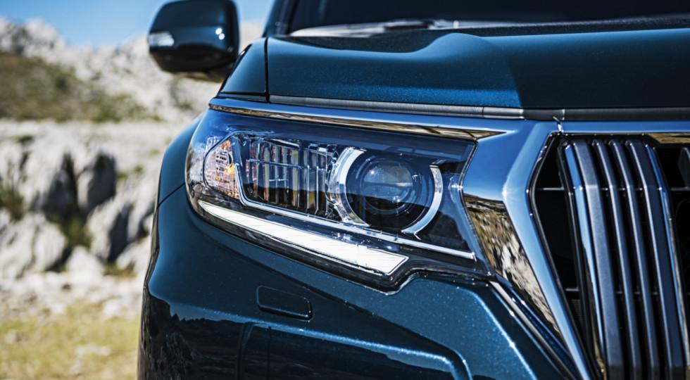 Стартовали российские продажи обновленного Toyota Land Cruiser Prado 2018