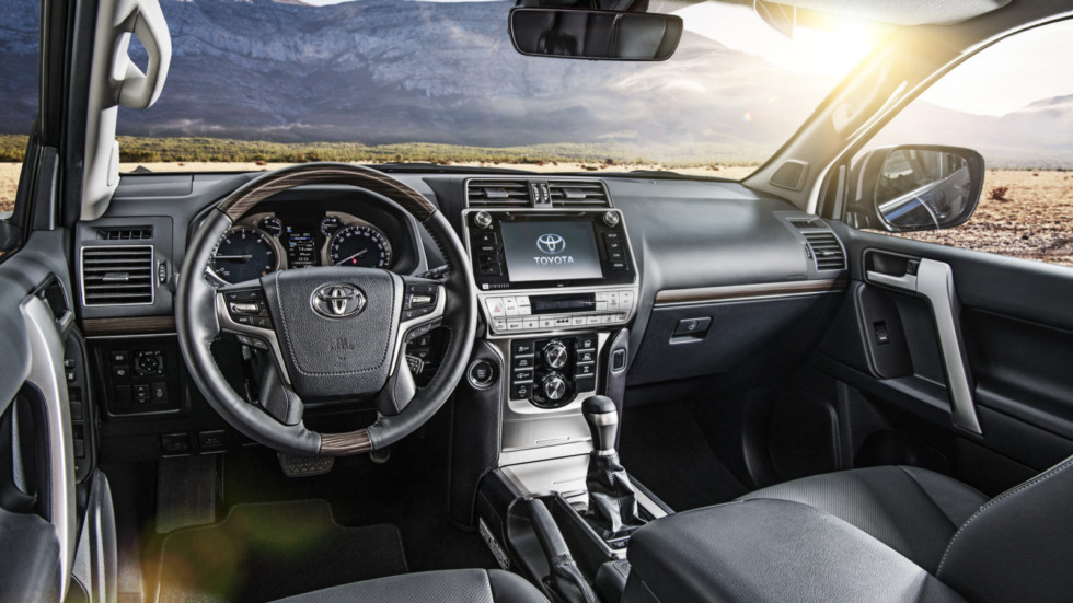 Тойота Land Cruiser Prado: названа цена улучшенного джипа