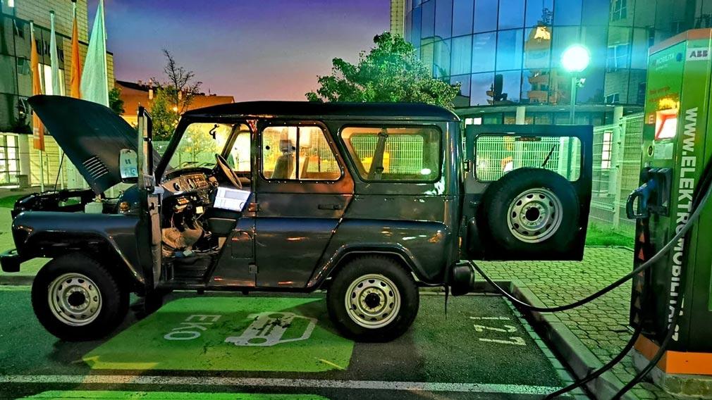 Названа стоимость на УАЗ «Хантер» на электротяге