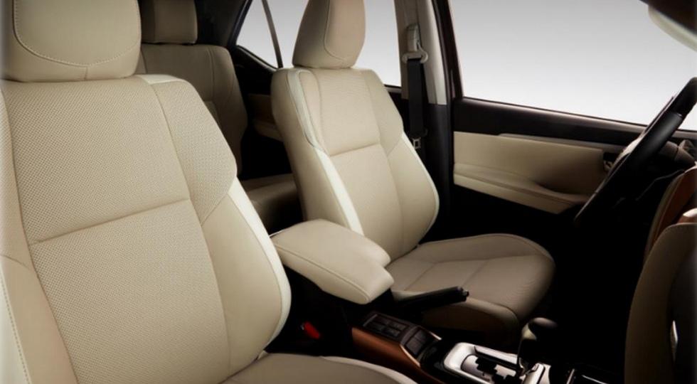 Компания Toyota представила роскошную версию внедорожника Fortuner