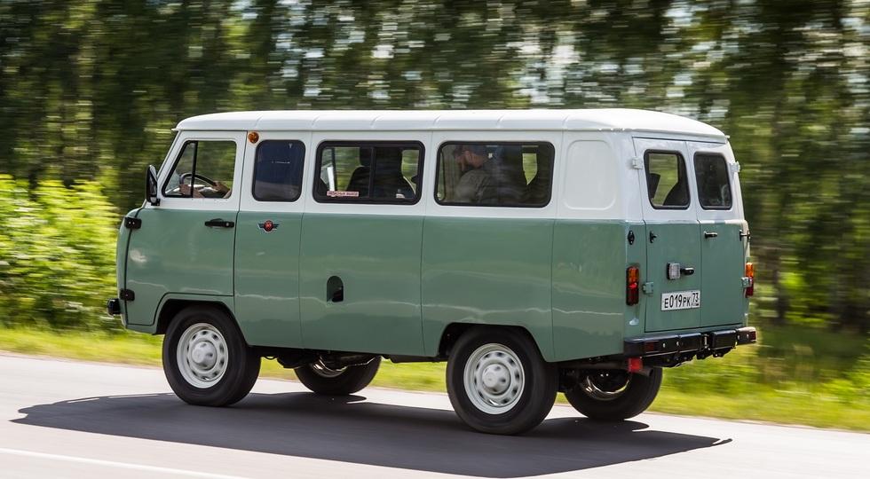 УАЗ представил юбилейную версию легендарной УАЗ «Буханки»