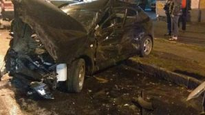 Два человека пострадали в жестком ДТП Chevrolet и Renault в Оренбурге