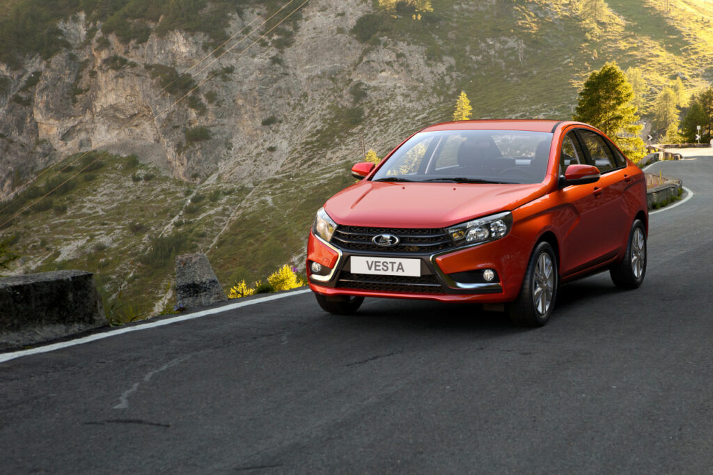 «АвтоВАЗ»: покупатели стали выбирать Lada из-за дизайна