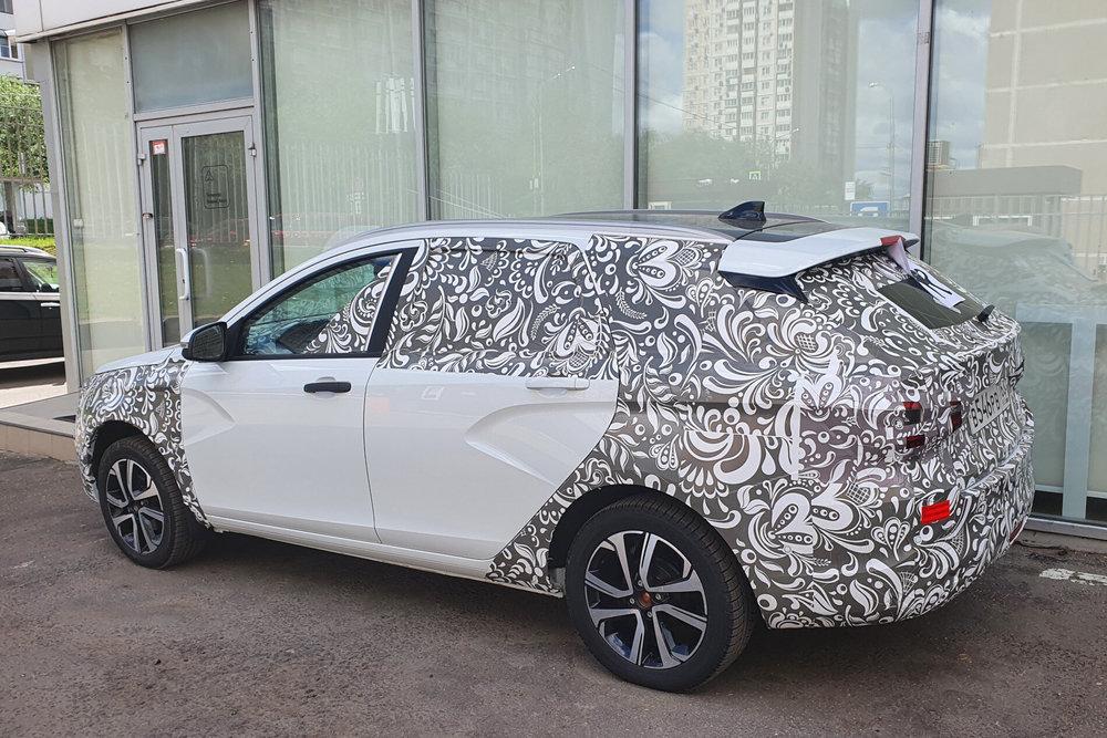 Новая Lada Vesta впервые была замечена в Москве