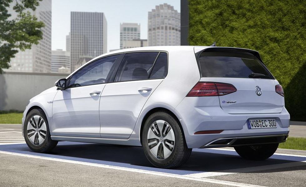 Volkswagen в два раза увеличивает производство электрокара E-Golf