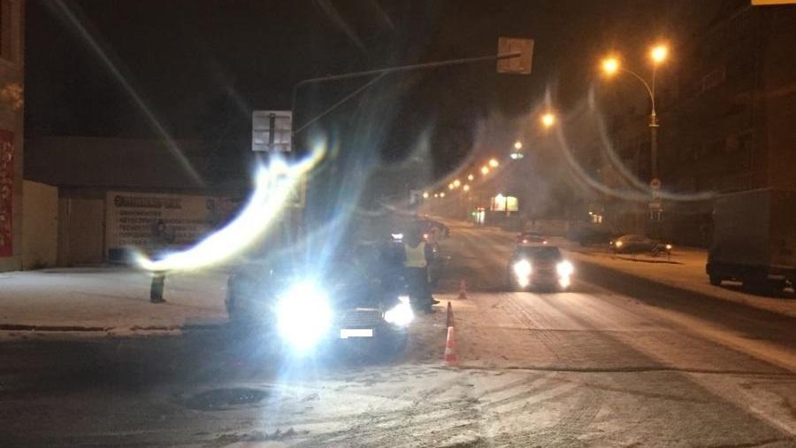Водитель «Мерседеса» сбил двух женщин на пешеходном переходе в Вологде