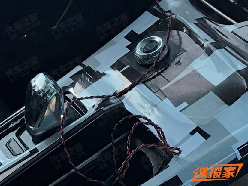 Новый премиальный кроссовер WEY Mocha показали на фото