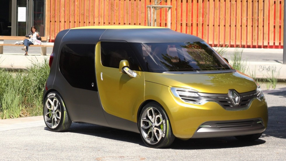 Фургон Renault Kangoo нового поколения поступит в продажу в 2019 году