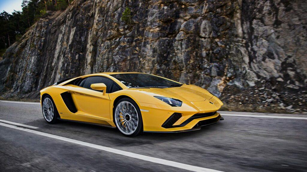 Продажи автомобилей Lamborghini в России в 2017 году установили рекорд