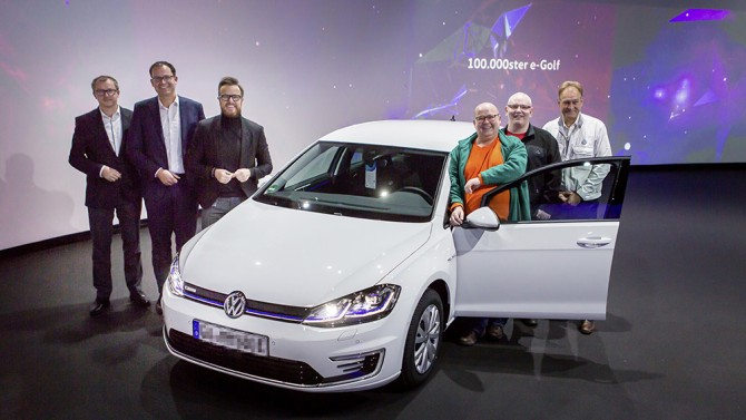 Volkswagen продал 100-тысячный электрический e-Golf