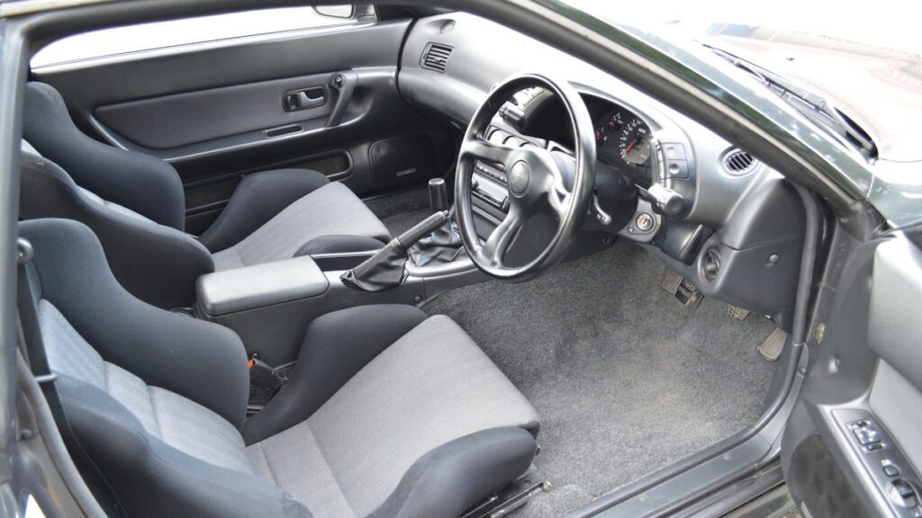 Уникальный Nissan Skyline GT-R Nismo R32 выставлен на аукцион