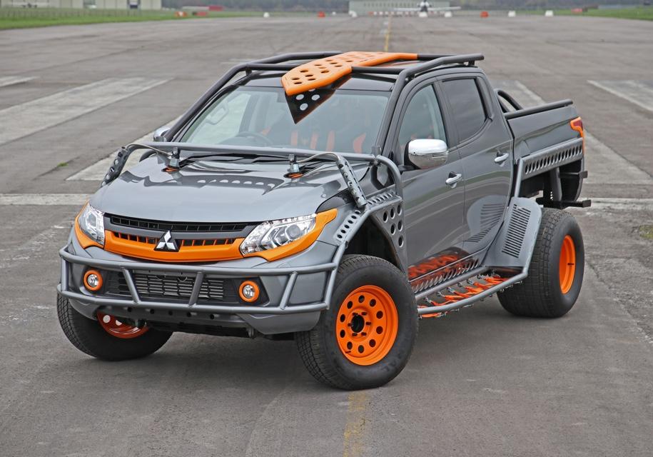 Пикап Mitsubishi L200 получил «злую» версию для шоу «Форсаж»